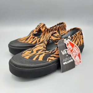 NEW Vans Style 93 Ashley Williams Tiger Mary Jane